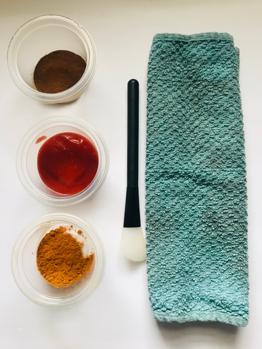 Skincare Sunday: Cinnamon, Tomato Purée and Tumeric